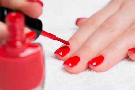 be-beaute-esthetique-barentin-salon-institut-rouen-normandie-19-main-pied-manucure-pedicure-441×293